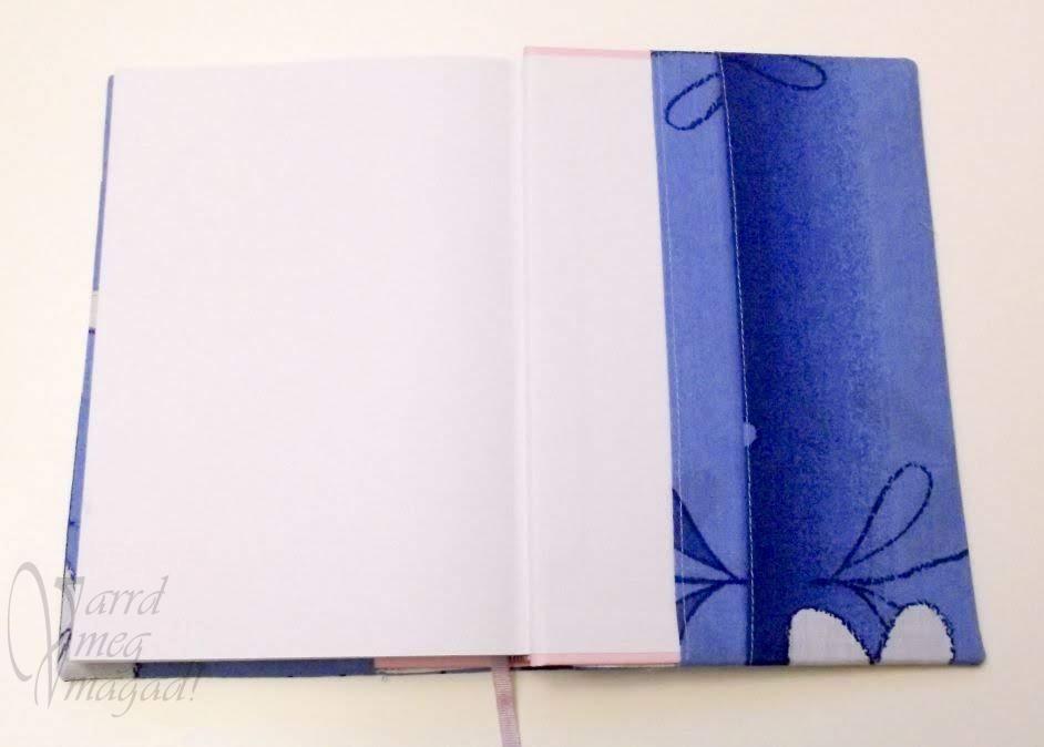 A napló borító jegyzettartós belső fele